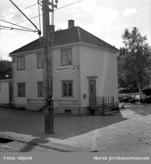 Helldalsmo stasjon