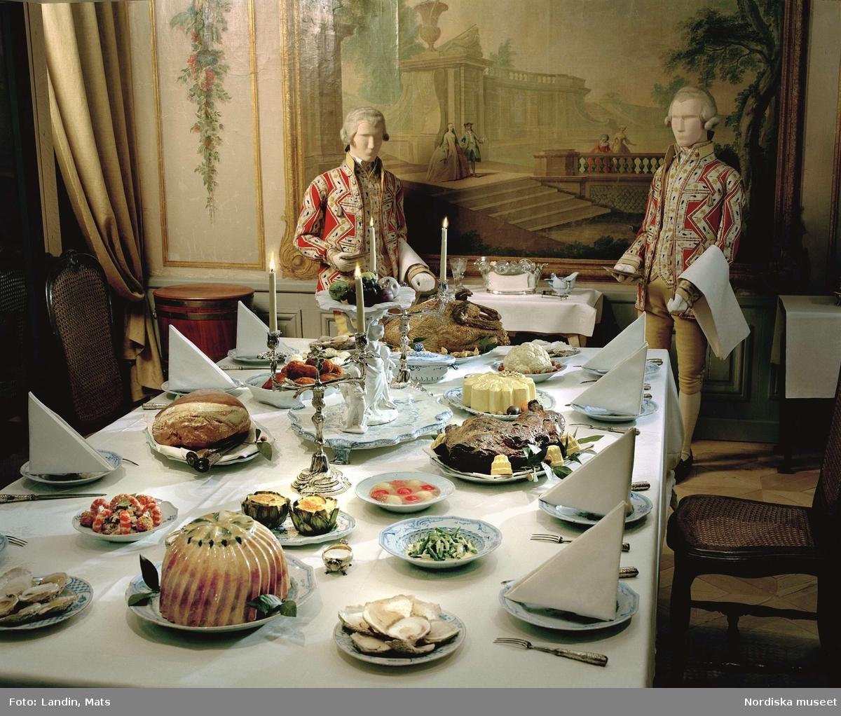 Utställningen Dukade bord på Nordiska museet. Festbord från 1700-talet.