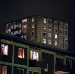 Adventljusstak och stjärnor i Kärrtorp och Enskede.