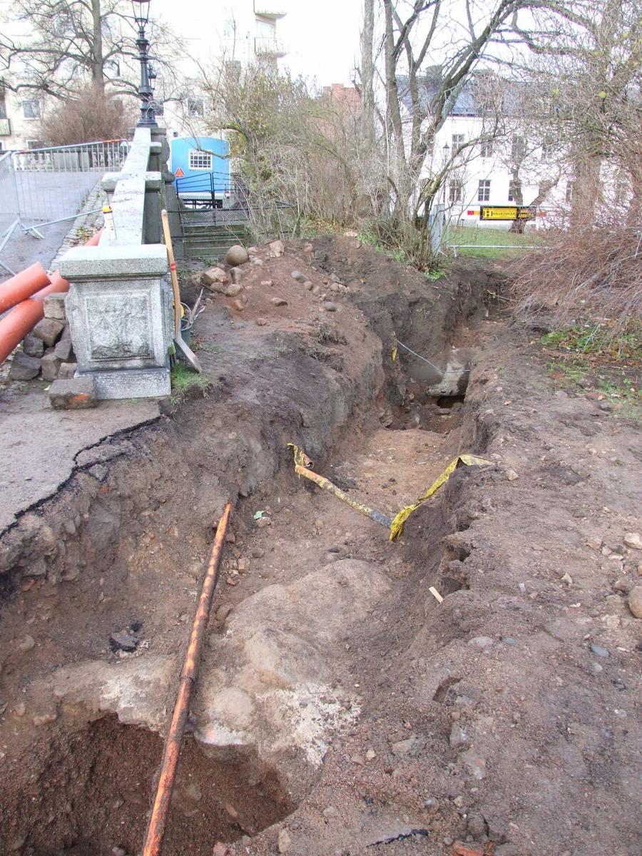 Arkeologisk schaktningsövervakning, Universitetsparken, Uppsala 2012