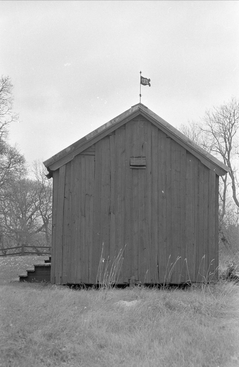 Magasin/bod, Skediga gård, Skediga, Bälinge socken, Uppland 1978