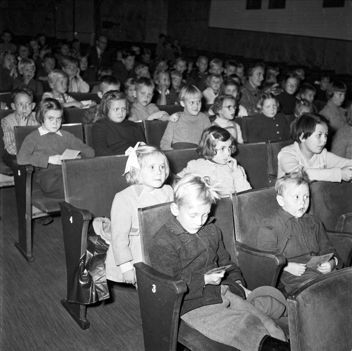 Filmklubb för barn oktober 1954
