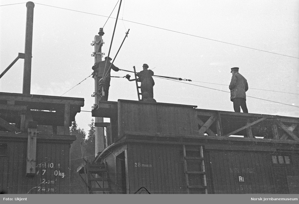 Elektrifisering av Østfoldbanen : montasjetog