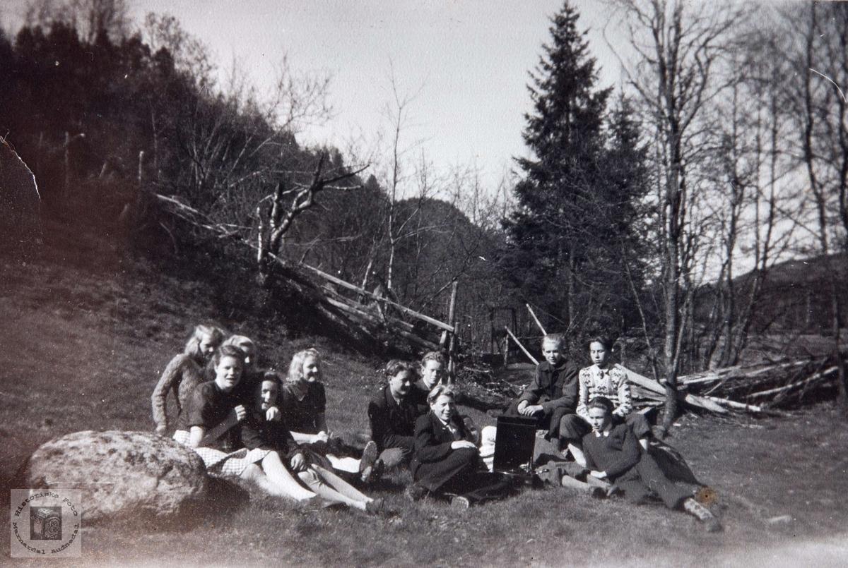 Framhaldskolen på Viblemo 1945/1946. Audnedal.