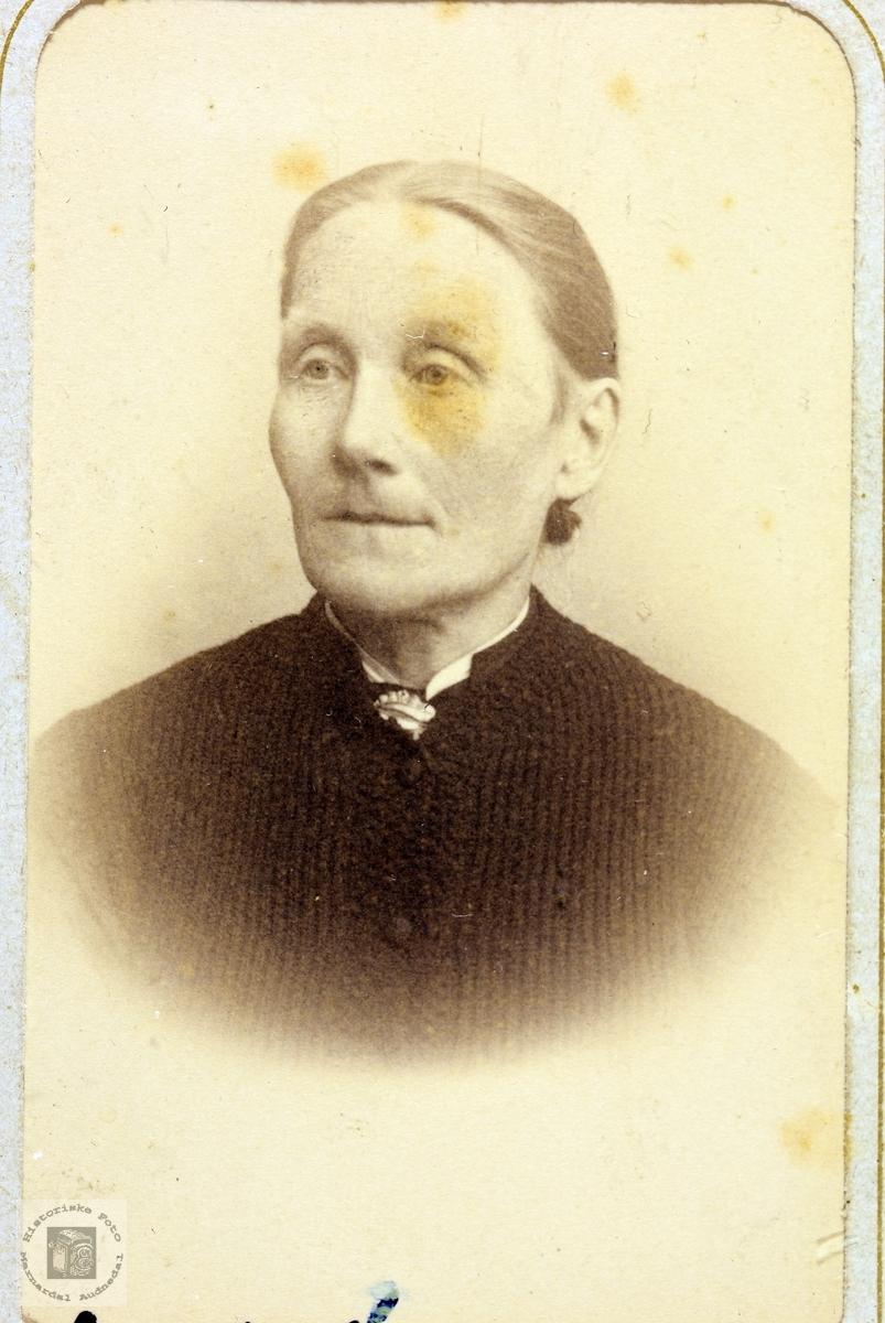 Portrett av Ingrid Homme. Bjelland.