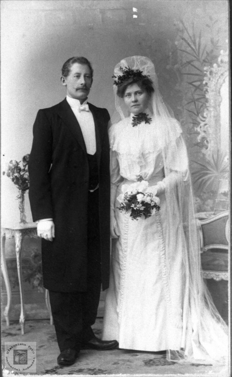 Brudeparet Aanen og Helvig Steinsland
