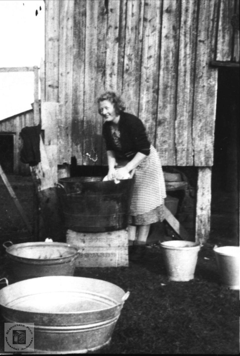 """Klesvask """"Nordheim"""" Bue, Øyslebø."""