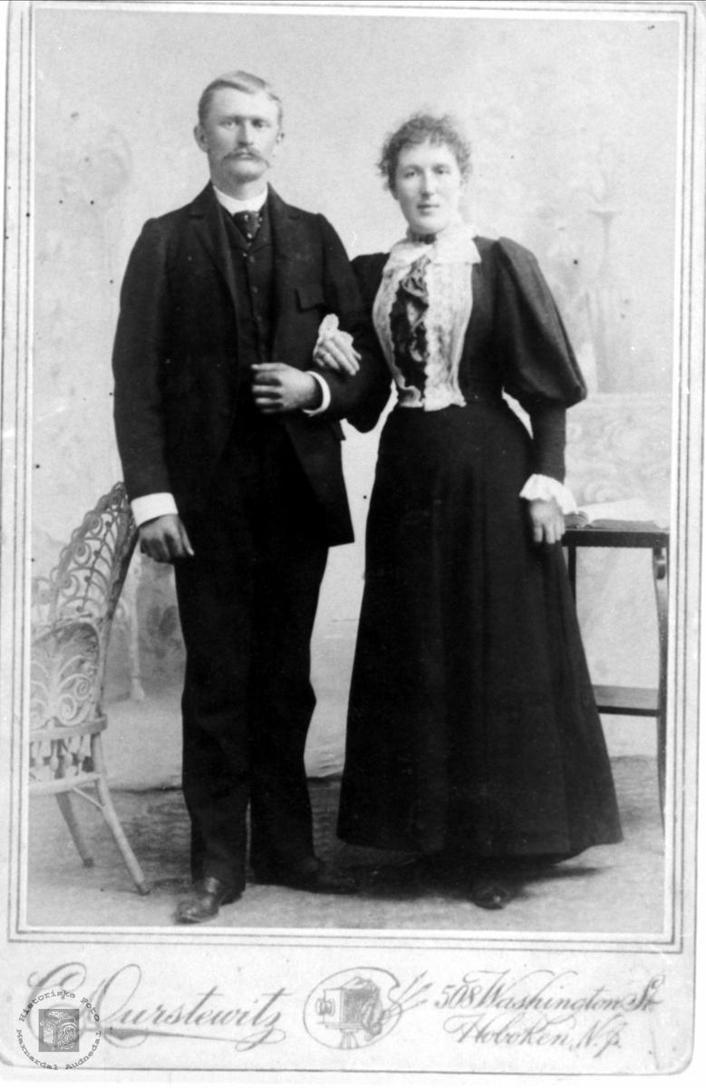Portrett av ekteparet Knud og Sofie Stoveland