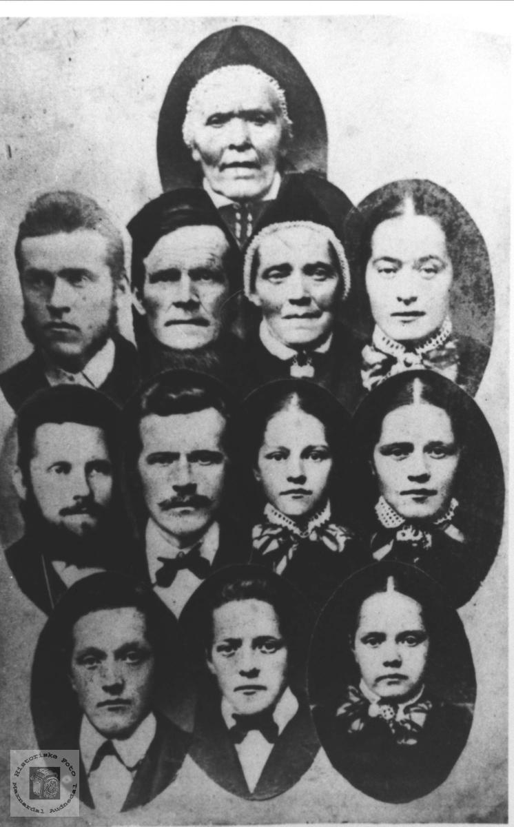 Sammensatt familiebilde Sægrov.
