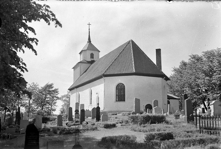 """Enligt AB Flygtrafik Bengtsfors: """"Svarteborgs kyrka Bohuslän"""". ::"""