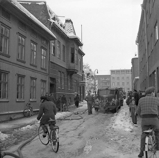 """Enligt notering: """"Brand hos slaktare Eriksson Feb 1950""""."""