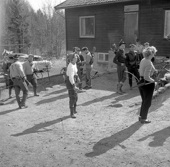"Enligt notering: ""Bågskytte på Kasen 6-5-56""."