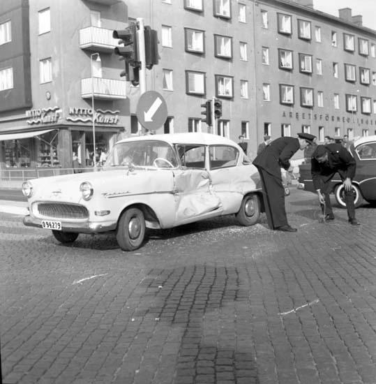 """Enligt notering: """"Krock Strömstadsvägen 19/9 -59""""."""