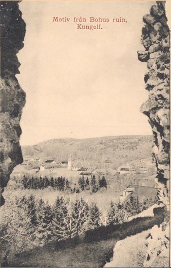 """Tryckt text på kortet: """"Motiv från Bohus ruin Kungelf"""".    ::"""