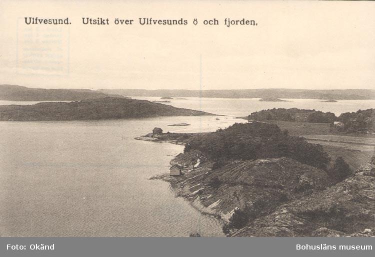 """Tryckt text på kortet: """"Ulfvesund. Utsikt över Ulfvesunds ö och fjorden""""."""