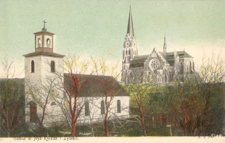 """Tryckt text på kortet: """"Gamla & Nya Kyrkan i Lysekil"""". ::"""