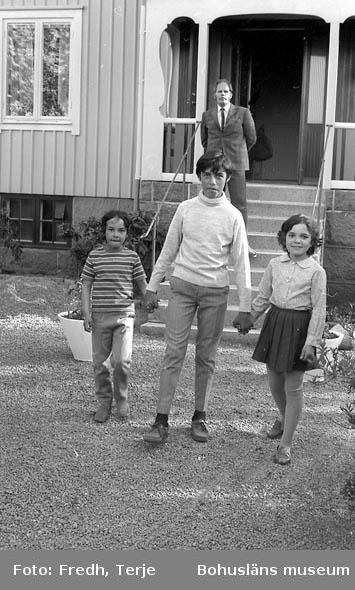 """Enligt fotografens notering: """"Portugisiska barn på Bohus-Malmön""""."""