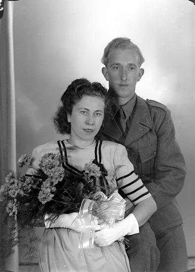"""Enligt fotografens journal nr 7 1944-1950: """"Eliasson, Fru Astrid, Lasshammar Här""""."""