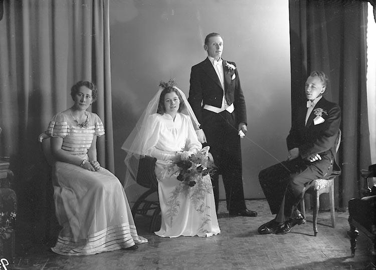 """Enligt fotografens journal nr 6 1930-1943: """"Andersson, Gunnar Alafors Ödsmål""""."""