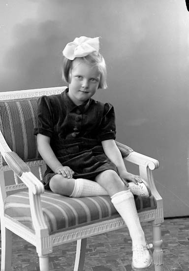 "Enligt fotografens journal nr 6 1930-1943: ""Brant, Anita Stenungsund""."