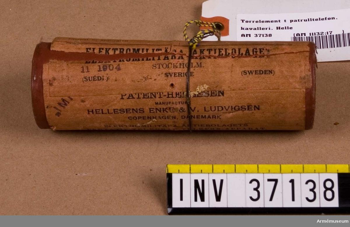 Grupp H I.  Samhörande nr AM.037122-AM.037143, delar till patrulltelefon.