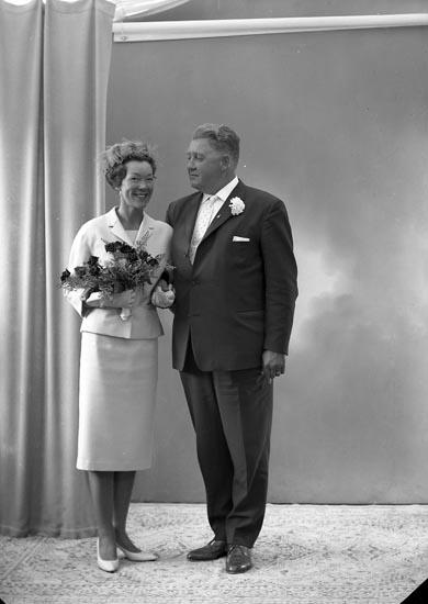 """Enligt fotografens journal nr 9 1958-: """"Wikander, Herr Sven, Träkilsgatan 51 Gbg Ö""""."""