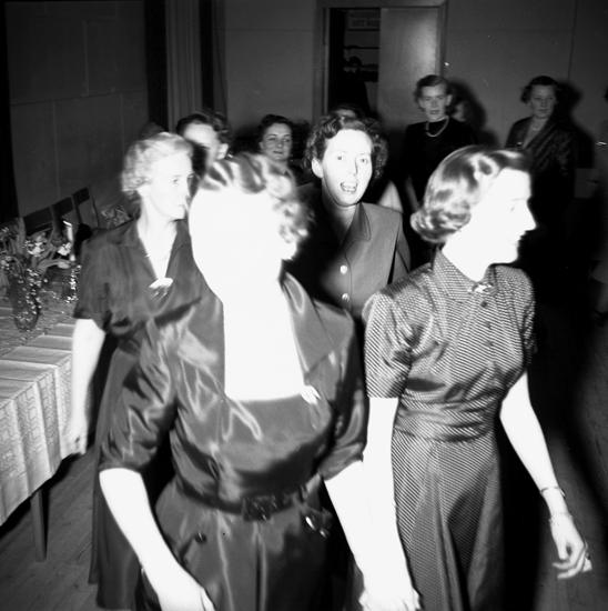 """Text till bilden: """"Signe Winberg. 50 år. 1952.02.16""""           i"""