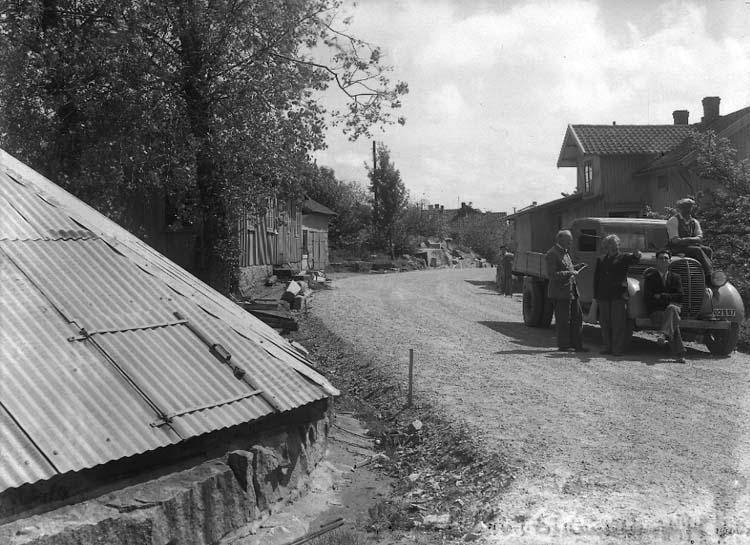 """Ulebergshamnnsv. Baltzar Bergmans hus. Brandbrunnen. 25."" ::"