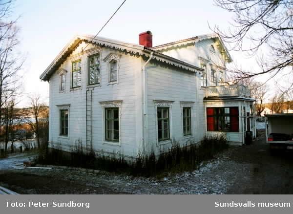Restaurering av altan vid Gustafsbergs herrgård.