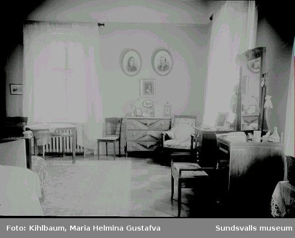 Interiör från Villa Marieberg. Sovrum.