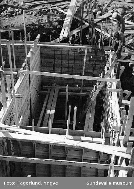 Formsättning för pumpgrop vid det blivande Stockviksverken.