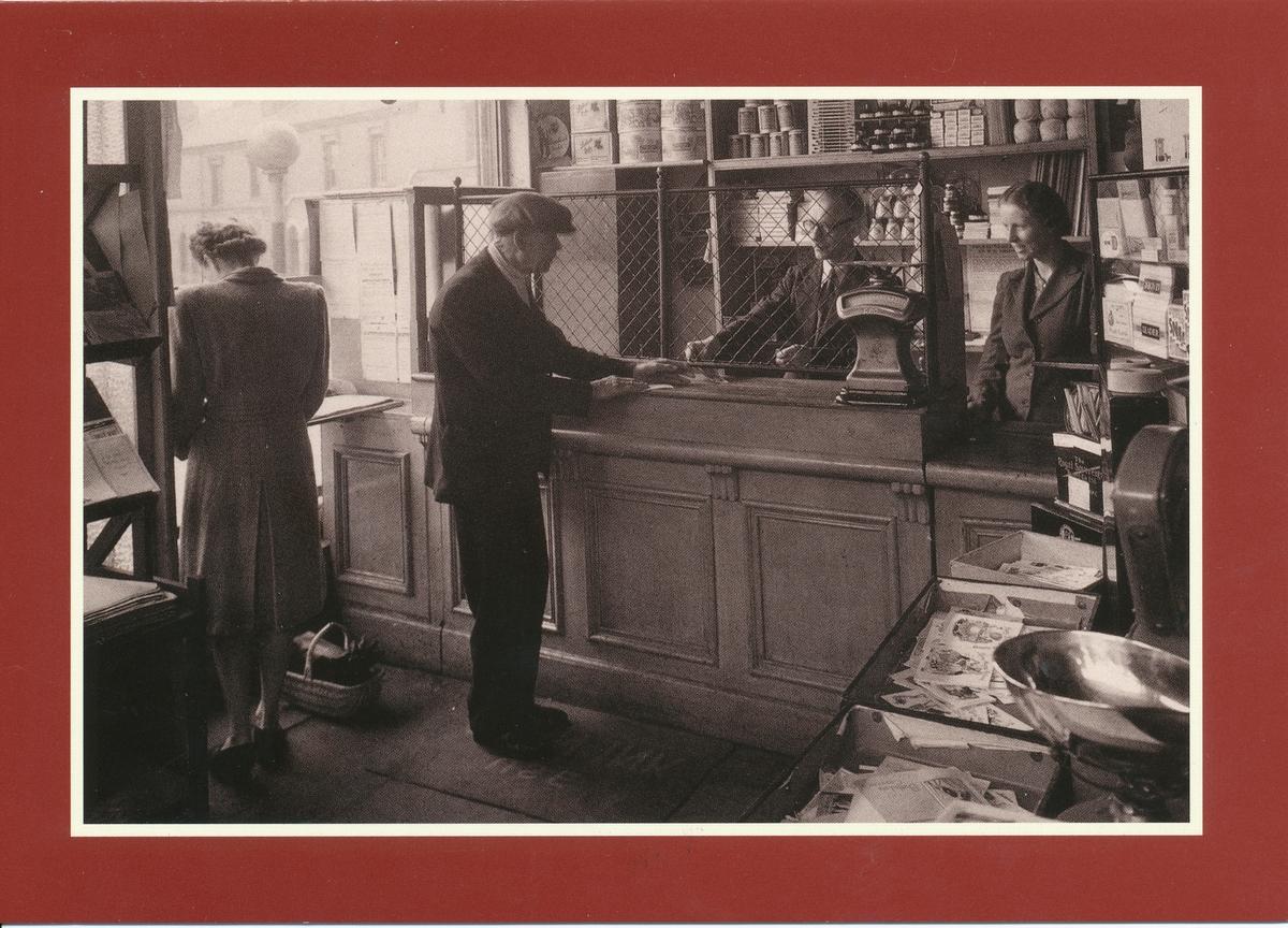 Interiör av postkontor i Rose Hill, 1947.