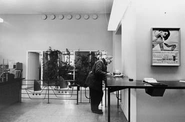 Visby 1, Donnersplats 1, postkontor.  Foton 8/9 1964.
