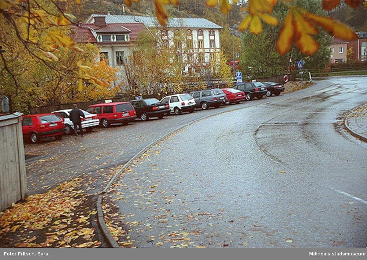 Parkering i Mölndals Kvarnby, 1996.