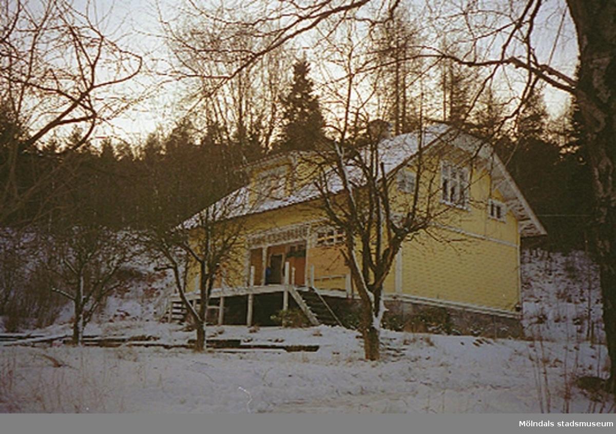 Bostadshuset Villa Solbacken i Krokslätt, januari 1995.