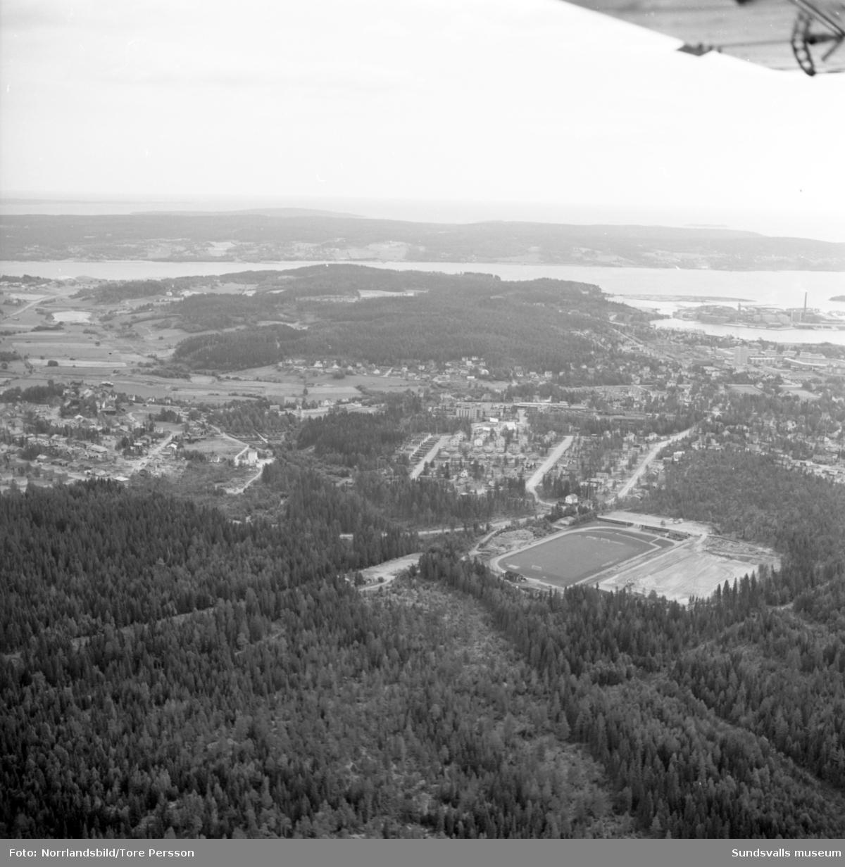 Flygfoton över Bydalen och Baldershovs idrottsplats.