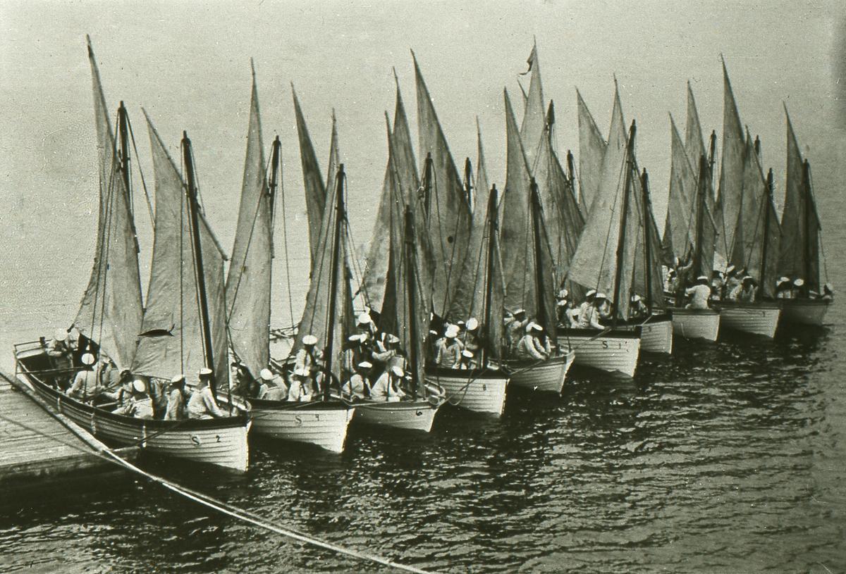 nr 1 Biskopen, nr 2 Falken, nr 3 Örnen, nr 4 Lina, nr 5 Tösen, nr 6 Biskopinnan, nr 7 Ejdern, nr 8 Anden, nr 9 Tärnan, nr 10 Den Hvite.