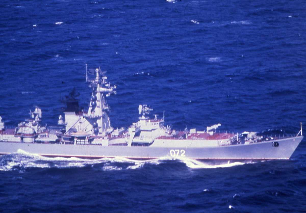 Russisk fartøy av Kresta I - klassen med nr. 072.