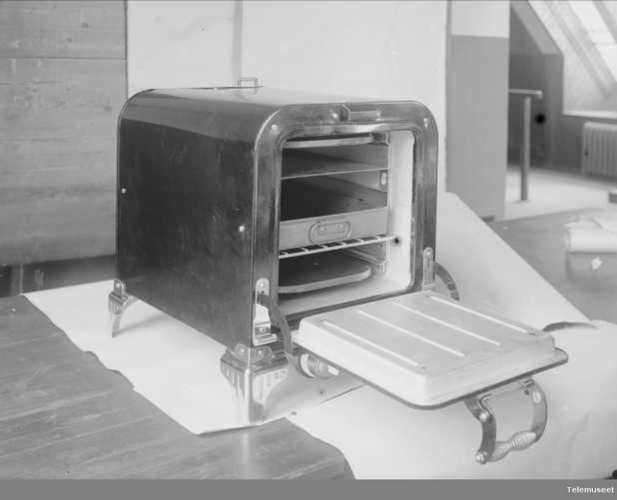 Rex stekeovn april 1925, Elektrisk Bureau.