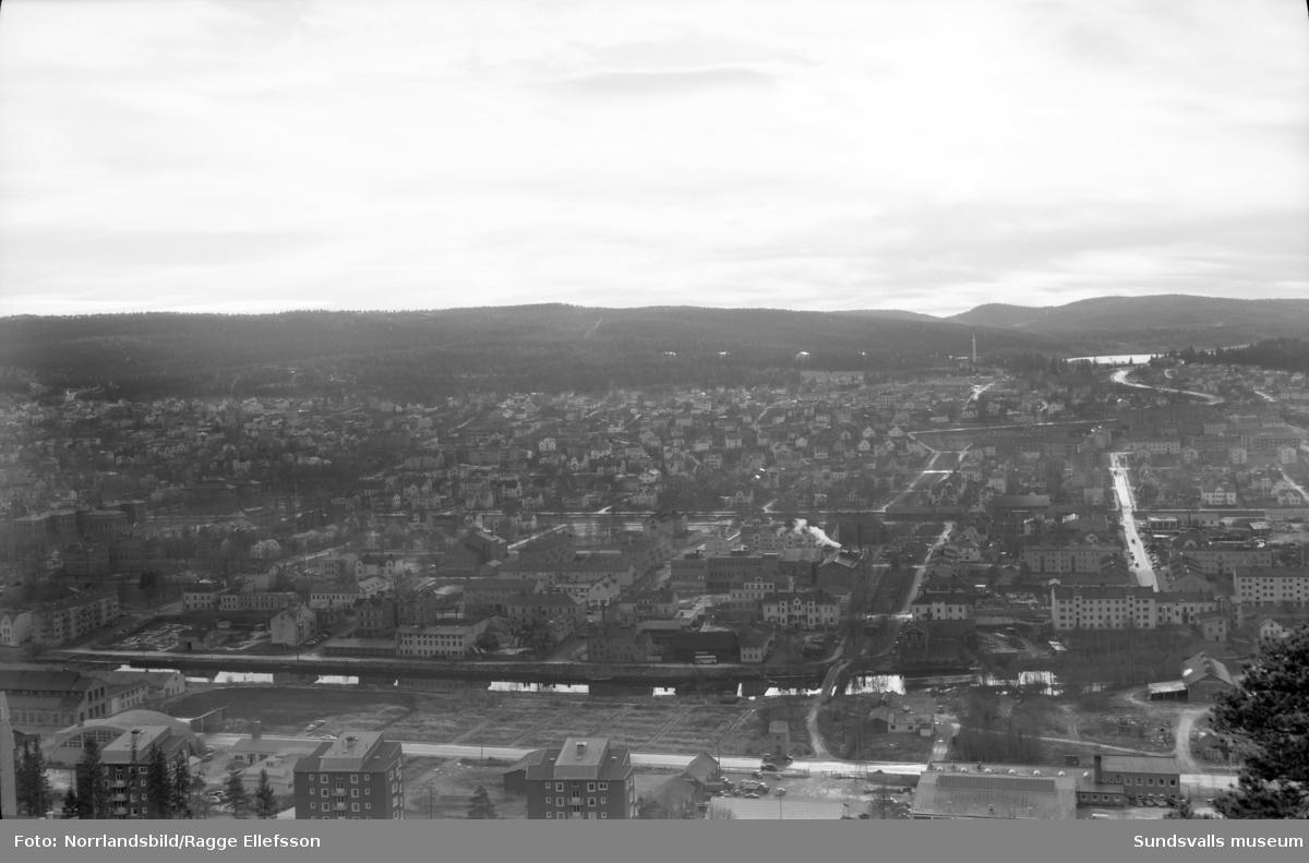 Riksbyggens rivningsområden på Västermalm, fotograferat från Norra berget.