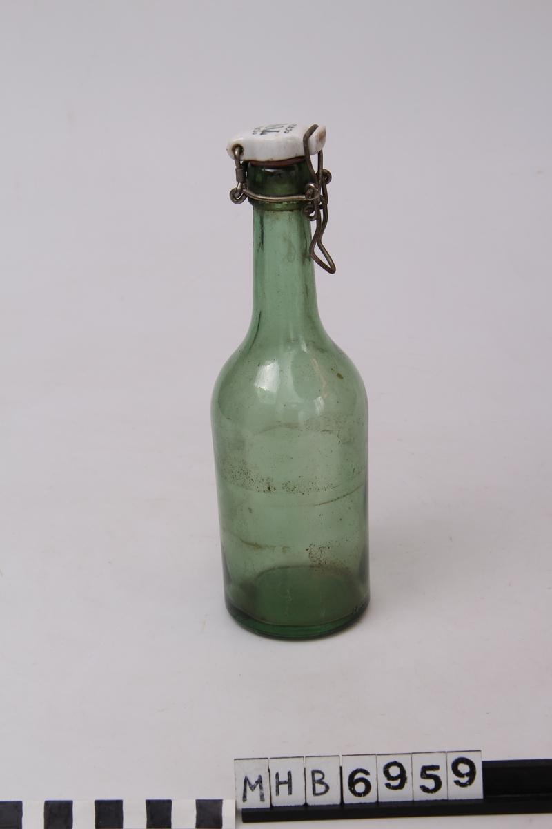 Flaske med kork