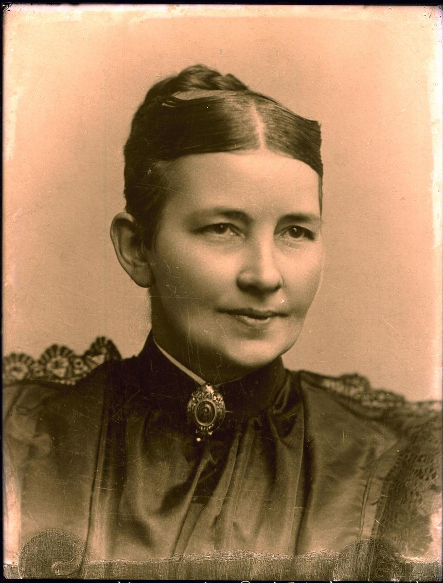 Portrett - Fru Annie Øverlands bestemor