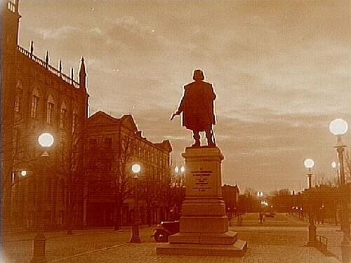 Statyn Engelbrekt på Stortorget.