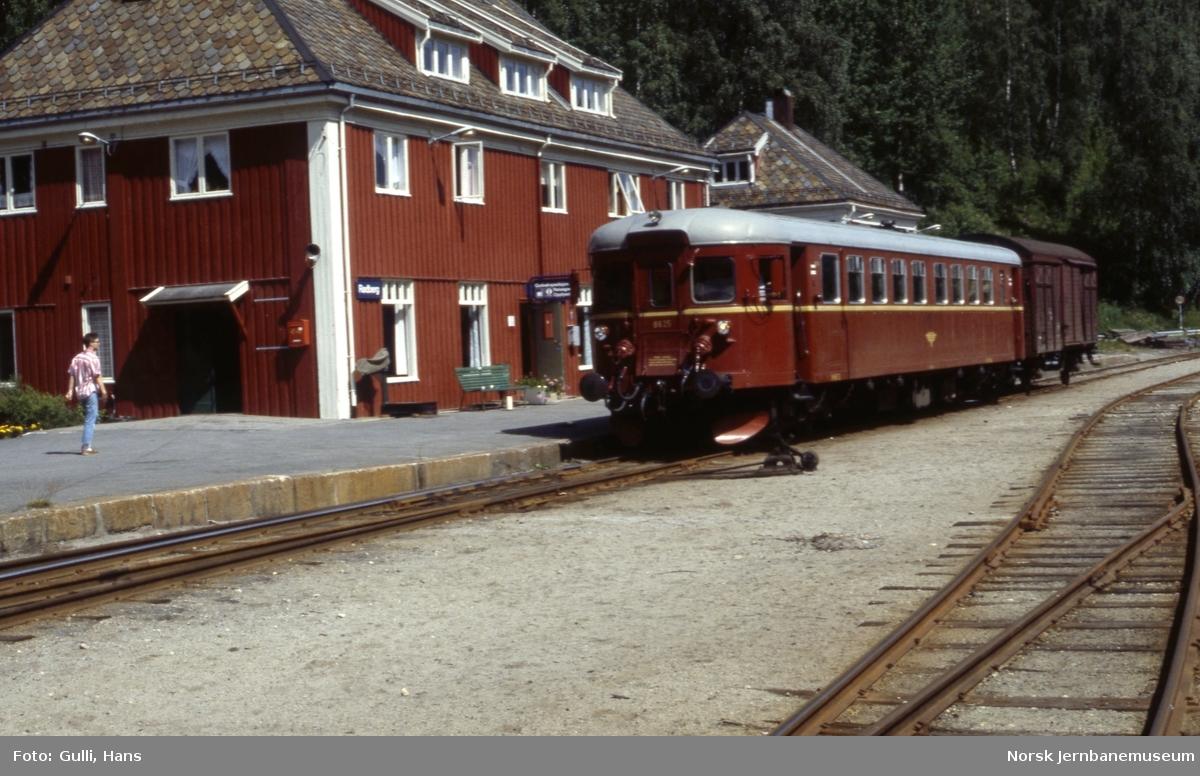 Rødberg stasjon med motorvogn BM 86.25