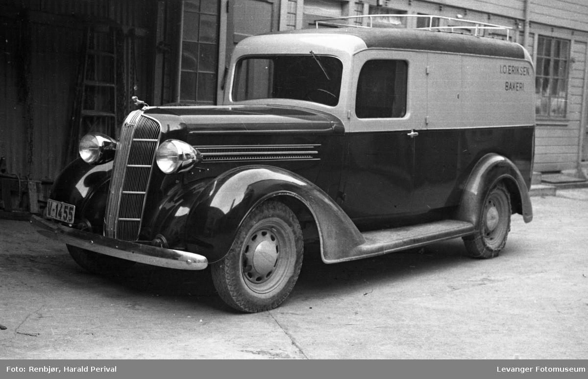 Baker Erichsens brødbil. Dodge.