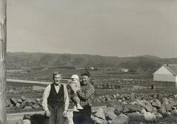 Tre generasjonar med Sven Tjåland (1883 - 1962), Sigurd Tjål