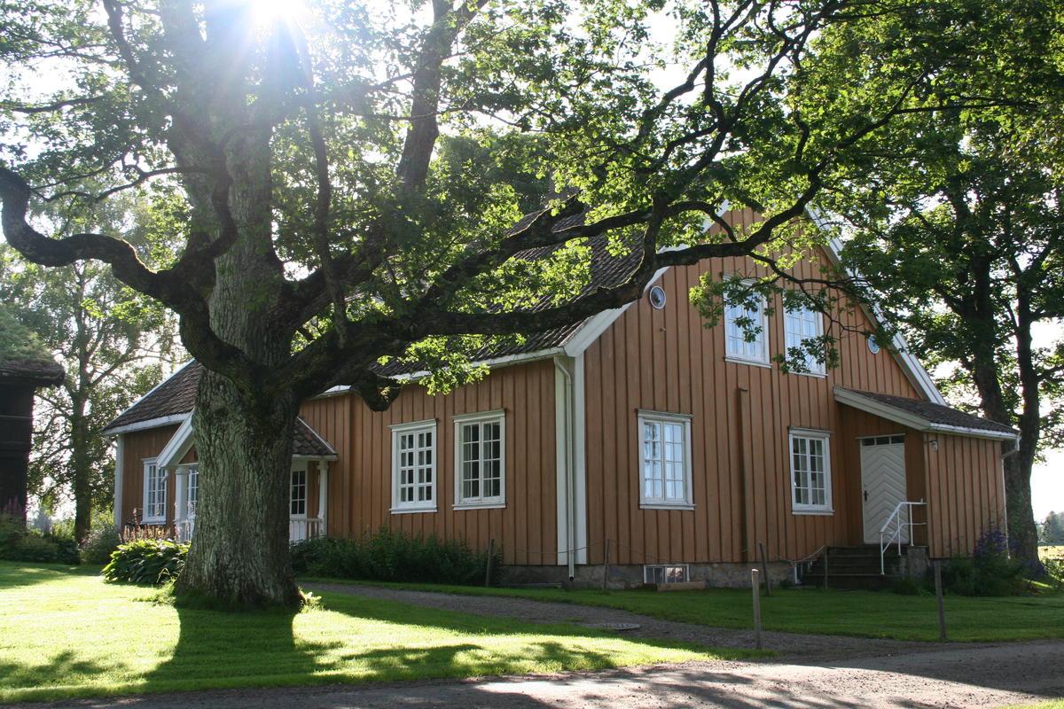 Gulbygningen (Foto/Photo)