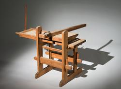 Press för linjering av papper, modell