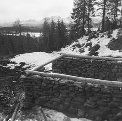 Sæterfjøs i stein fra Årset-sætra i Ramstaddalen, Sykkylven.