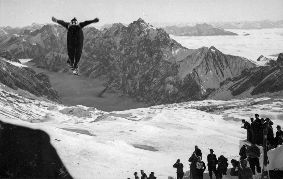 Norwegian skier Birger Ruud in OG Garmisch 1936
